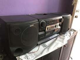 Tape recorder sony with mega bass speakers