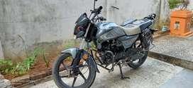 Well maintained single hand honda dream Neo bike