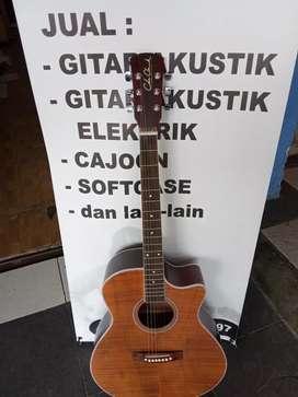 Gitar akustik amanah