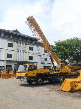 Crane Murah 25 dan 50 Ton Unit Baru Ready Garansi Full di Pontianak