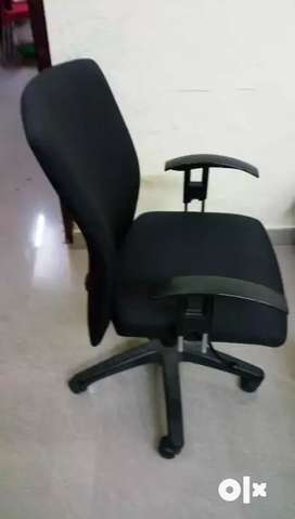 Imported Professional Executive Computer Chair - Good quality