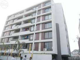 Top location mid of city 3bhk flat in covered Campus at Bengali square
