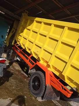 Truk dump canter 2016