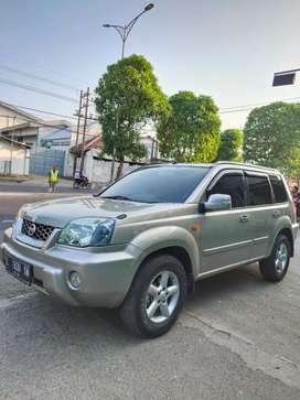 Djual Nissan X-TRAIL 2003 At spr istimewa Ori full vriasi bsa Kredit