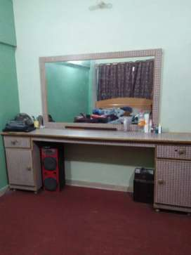 Beauty parlor mirror For sale 10/9
