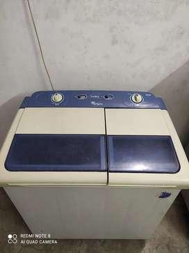 Washing machines.. whirlpool 6.50 kg nice