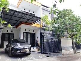 Rumah Baru Cantik 4KT Disewakan Bs Bulanan Pusat Kota Renon Denpasar