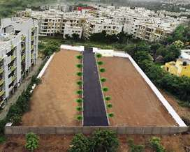 You need a plot in prime area (Perumbakkam) at unbelievable  prices