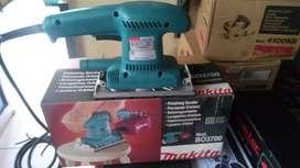 Mesin amplas atau sander Makita BO3700