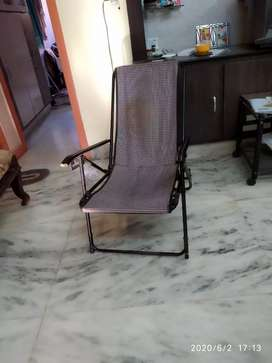 Foldable chair with cloth