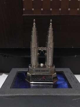 Jual Souvenir / Oleh-oleh Asli Malaysia Twin Tower