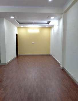 800 Sq ft space for RENT in Vibhav khand Gomti Nagar near Burger Point