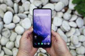 Available ONE PLUS modals with good discount.all variant and colors av