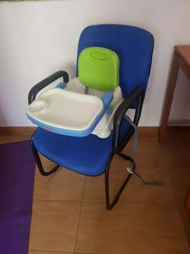 Fisher Price baby booster seat + Chicco baby car seat ( big)
