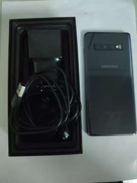 Brand new and unused Samsung s10 plus with warranty card