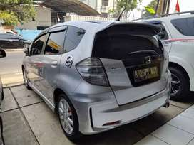 Honda Jazz Rs mt 2013 siap pakai tdp 15 jt saja