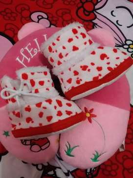 Sepatu baby import