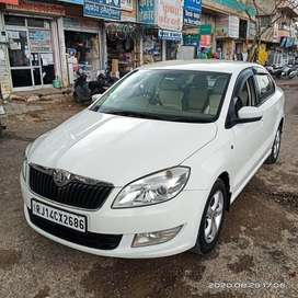 Skoda Rapid Elegance 1.6 TDI CR Manual, 2014, Diesel