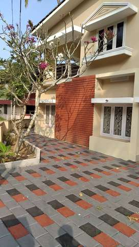 DOUBLE STORIED HOUSE FOR SALE,NEAR RAILWAY STATION,CALICUT
