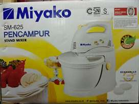 Mixer com miyako SM-625