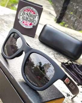 Kacamata Branded Keren Pria Dan Wanita
