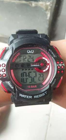Jam tangan q&q water resisten