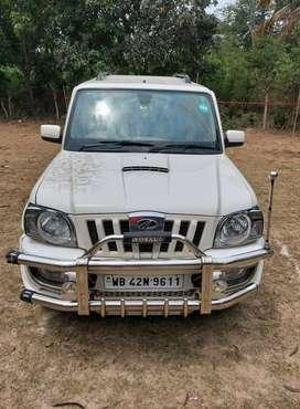 Mahindra Scorpio 2009-2014 VLX 4WD BSIV, 2010, Diesel
