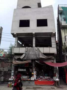 Urgent Sale     3 Floor commercial  Buliding