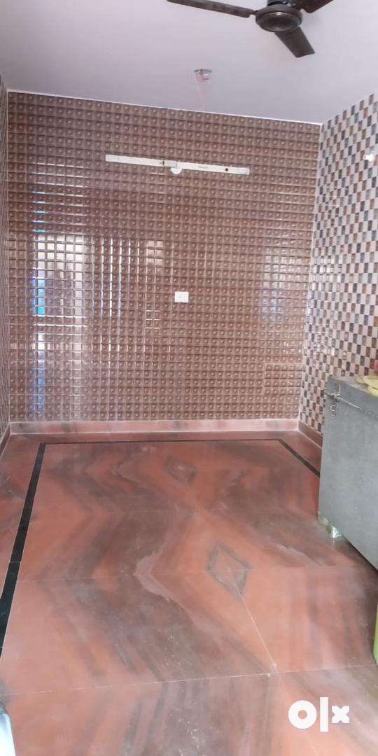 I BHK Room at rent available 0