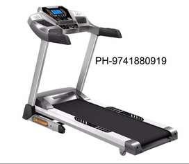 Cardio world brand new treadmill CW - 707