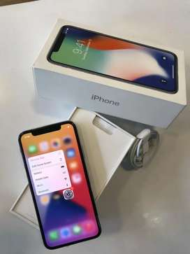 APPLE I PHONE X-256GB BRAND NEW CONDITION WARRENTY AND ACCESSORIES₹