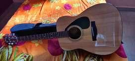 Guitar Yf310 for sale yahama