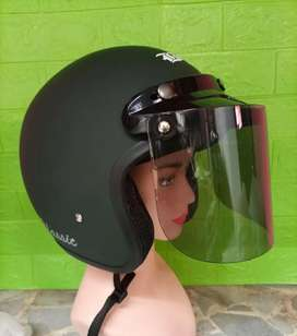 Helm dewasa kaca datar