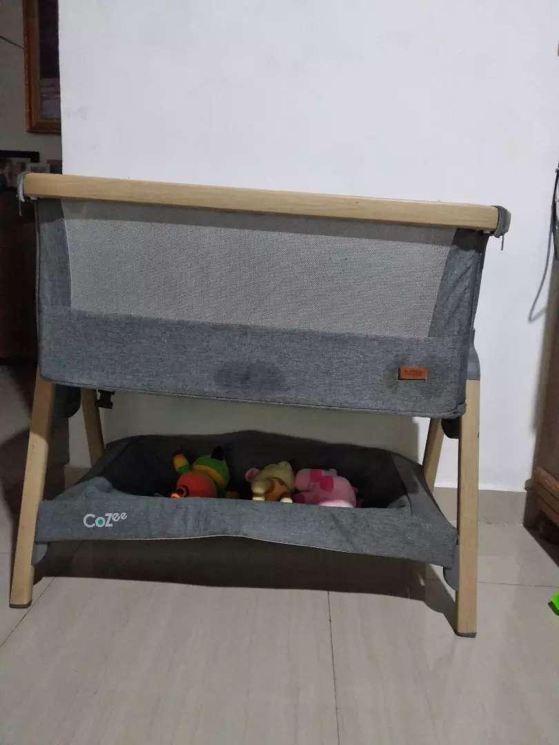 Cozee Tutti Bambini Bedside Crib co-sleeper 0