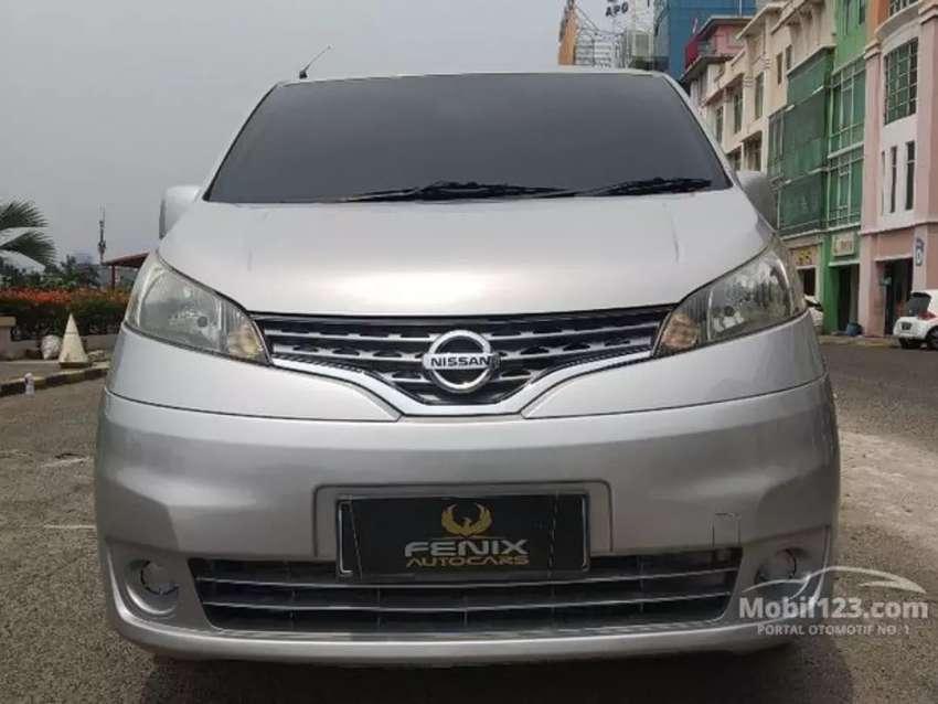 Nissan Evalia SV+ 2014 Matic silver TDP 11 juta 0