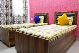 Girls Hostel, Boys hostel with food and fully furnished. No Brokrage.