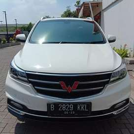 Wuling Cortez Lux 1.8 at 2018 putih