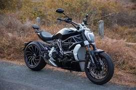 Ducati X DIAVEL S1200