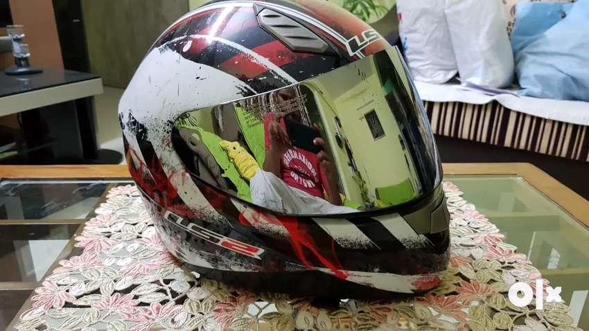 LS2 helmet 0