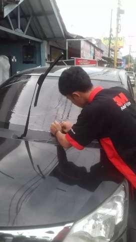 pemasangan kaca film mobil dan gedung