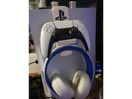 PlayStation 5 Controller and Headset holder
