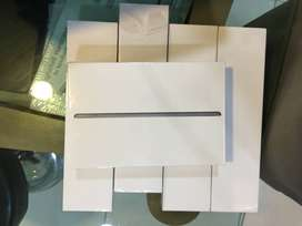 iPad 8 Gen, 32 Gb, Wifi, Sealed Packed, Space Grey & Gold