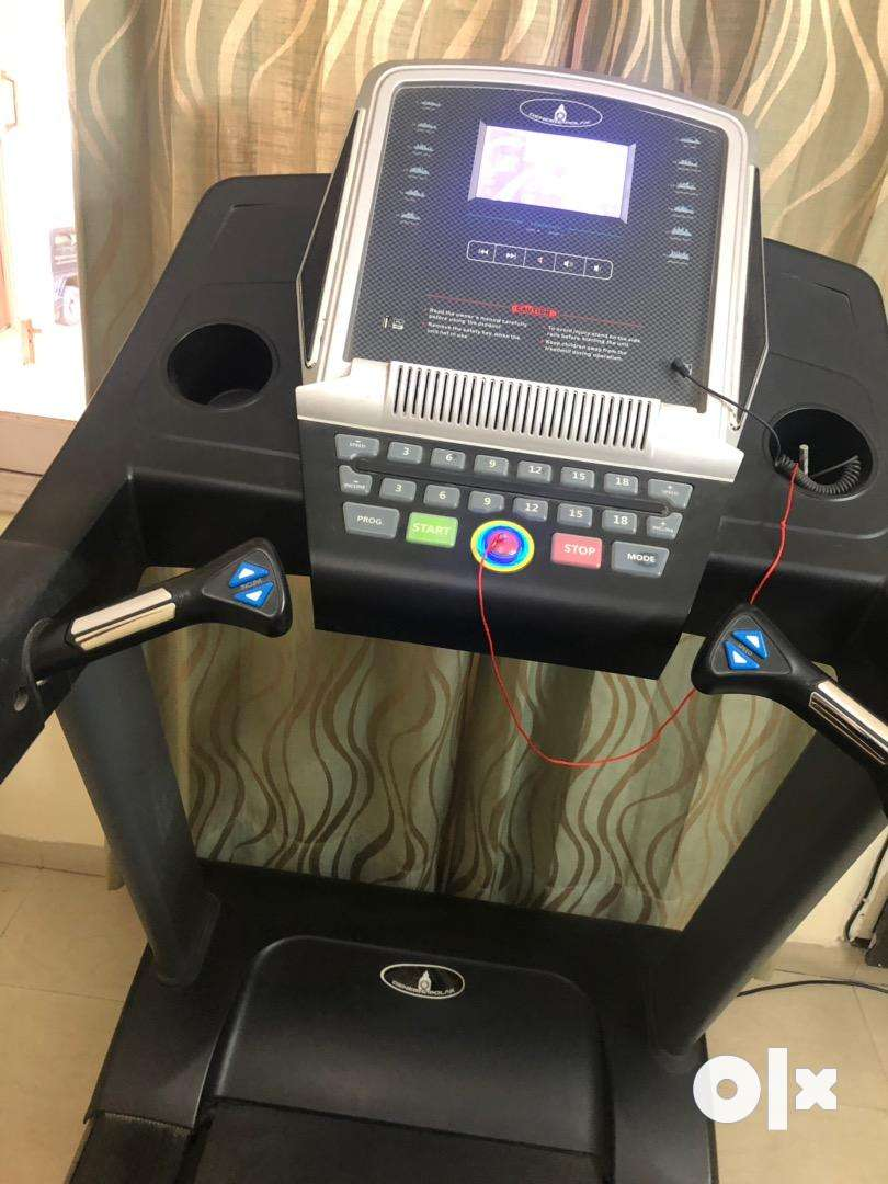 Tread mill with monitor and good for gym purpose 0