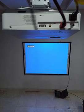 Touch board 85 inches , projector ,multimedia, VPS , celling,