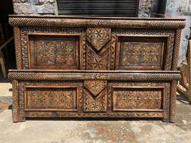 Antique double bed.
