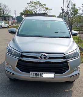 Toyota INNOVA CRYSTA 2.4 VX Manual, 2017, Diesel