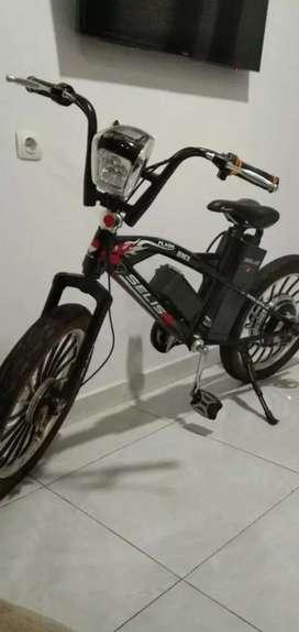 Sepeda listrik jarang dipake masih mulus SELIS BMX THUNDER