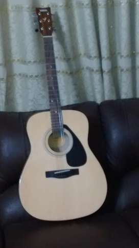 Yamaha Acoustic guitar F310 new box pack