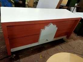 Tristar used furniture sup mkt