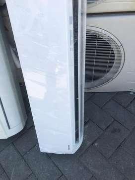 AC Toshiba 1/2 PK normal jaya dingin istimewa plus pasang Grs 6 bulan